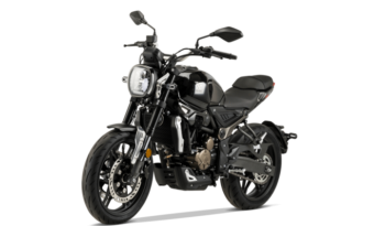 Voge Classic 300AC – schwarz voll