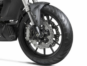 Benelli 502c schwarz bremse