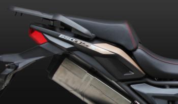 VOGE 650DSX – schwarz voll